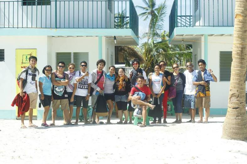 The team. From Left: Alexis,Mam Betty,Harvey,Reyna,JohnRey,Ron,Yourstruly,Agnes, Eralph,Jojo,Mam Delia & Mam Myrna (owner of the resort), Auntie Becky, Uncle Randy and JR.